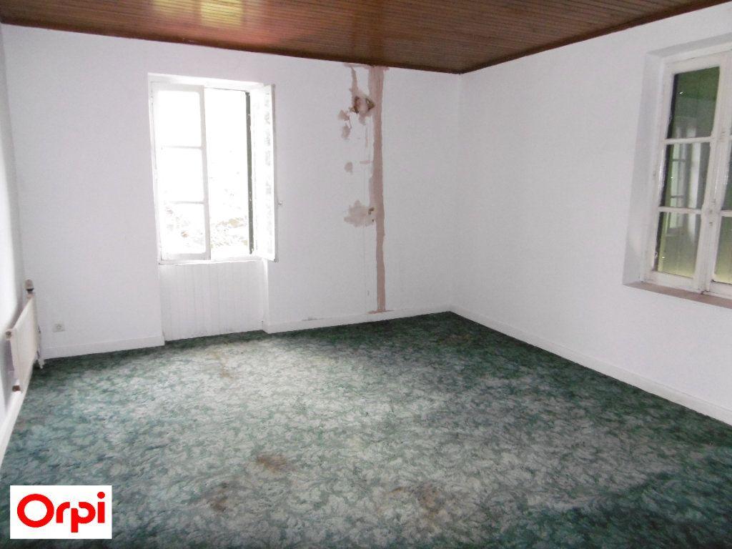 Maison à vendre 4 105m2 à Beaurepaire vignette-11