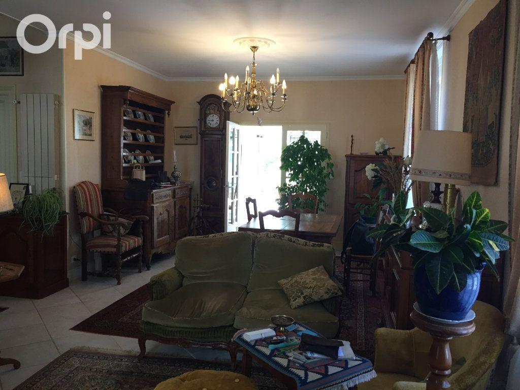 Maison à vendre 5 120m2 à Fouras vignette-10