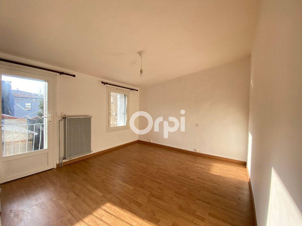 Maison à louer 2 38.77m2 à Rochefort vignette-4