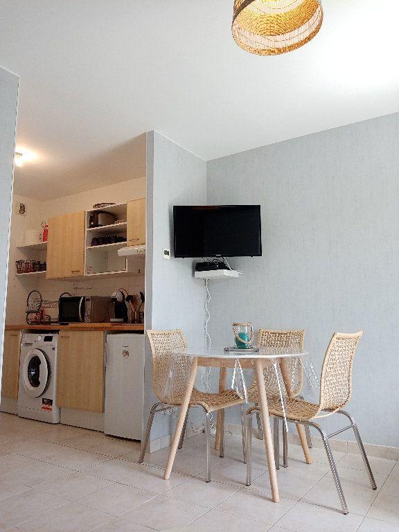 Appartement à louer 1 24.76m2 à Fouras vignette-1