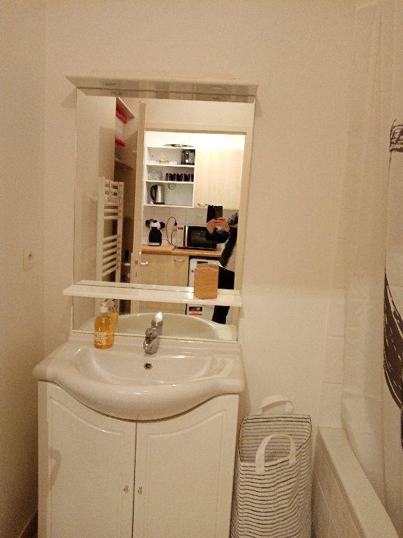 Appartement à louer 1 24.76m2 à Fouras vignette-7
