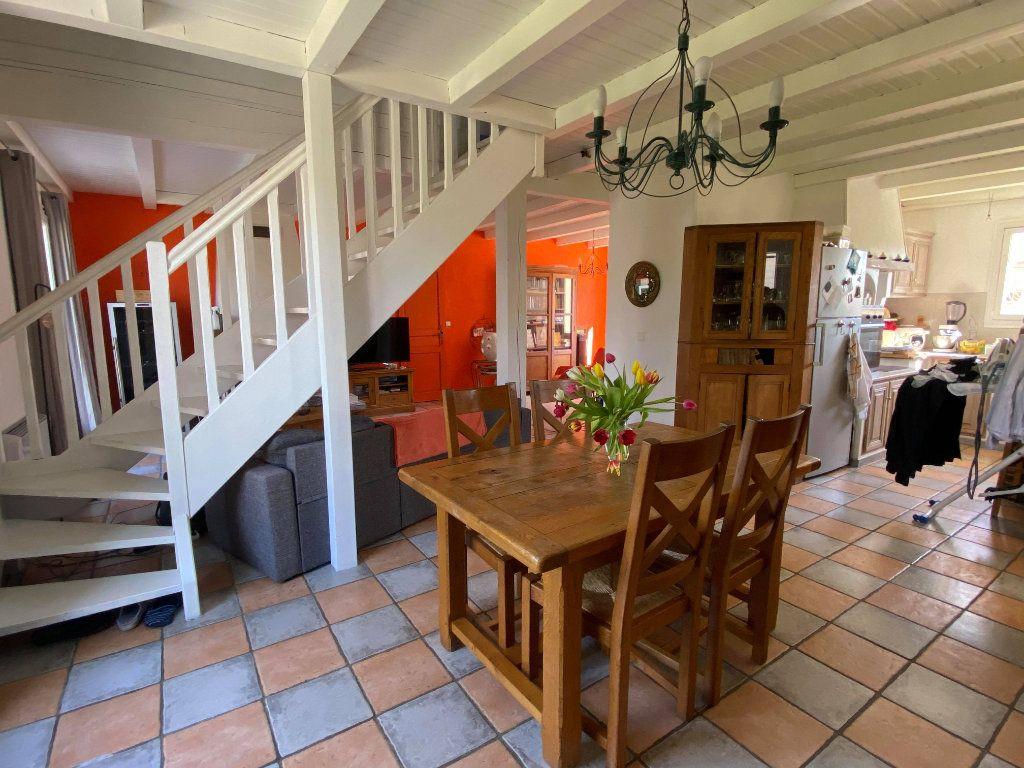 Maison à vendre 7 144.7m2 à Rochefort vignette-6