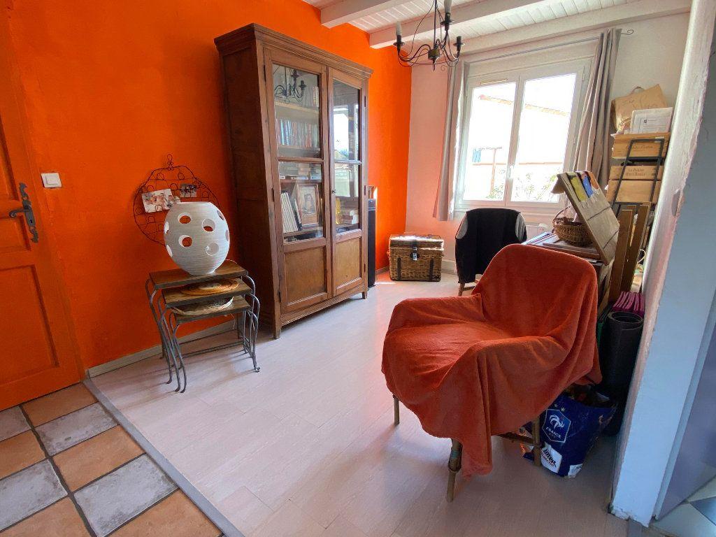 Maison à vendre 7 144.7m2 à Rochefort vignette-7