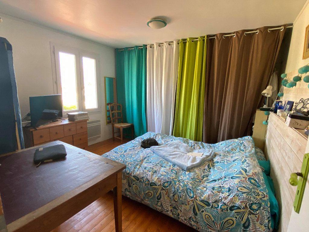 Maison à vendre 7 144.7m2 à Rochefort vignette-10