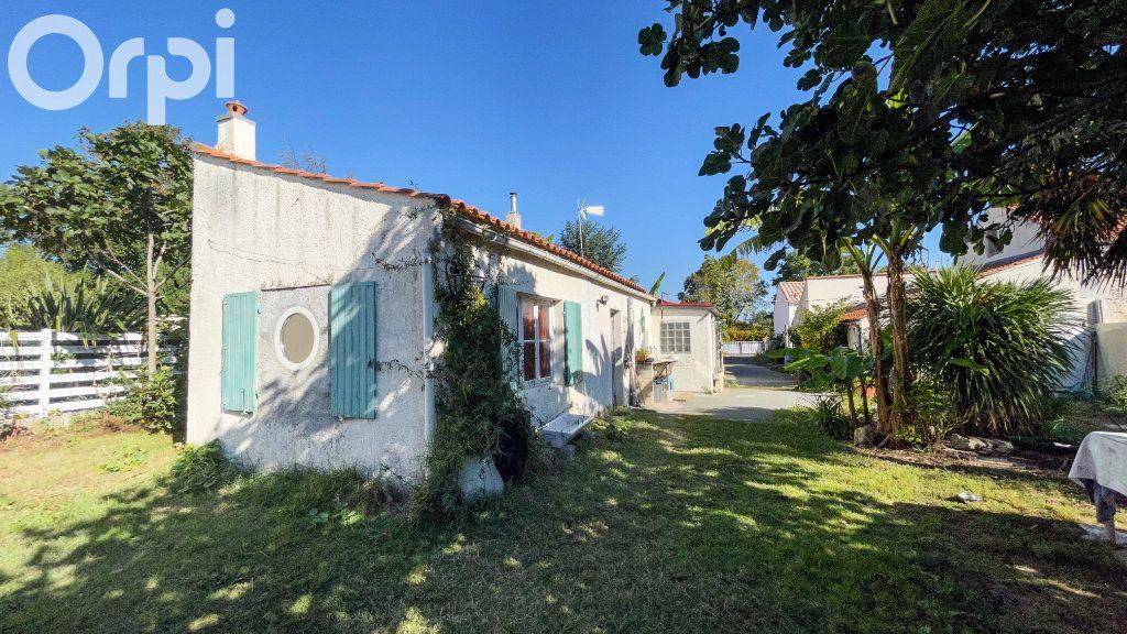 Maison à vendre 5 85m2 à Fouras vignette-4