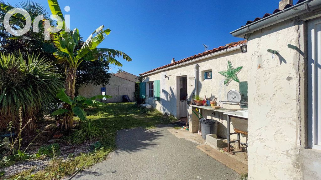 Maison à vendre 5 85m2 à Fouras vignette-7
