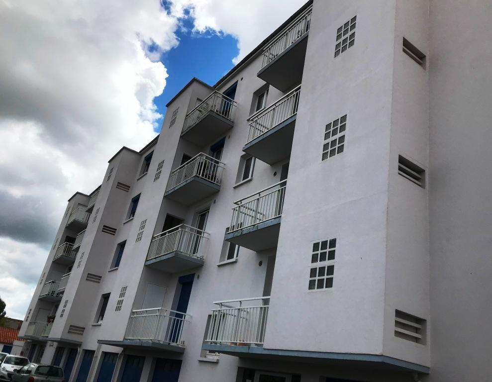 Appartement à vendre 3 73.59m2 à Rochefort vignette-1