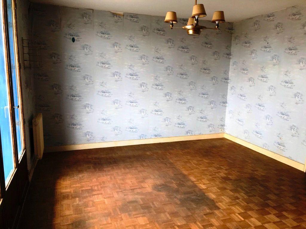 Appartement à vendre 3 73.59m2 à Rochefort vignette-6