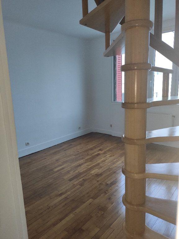 Appartement à louer 2 42.8m2 à Chelles vignette-5