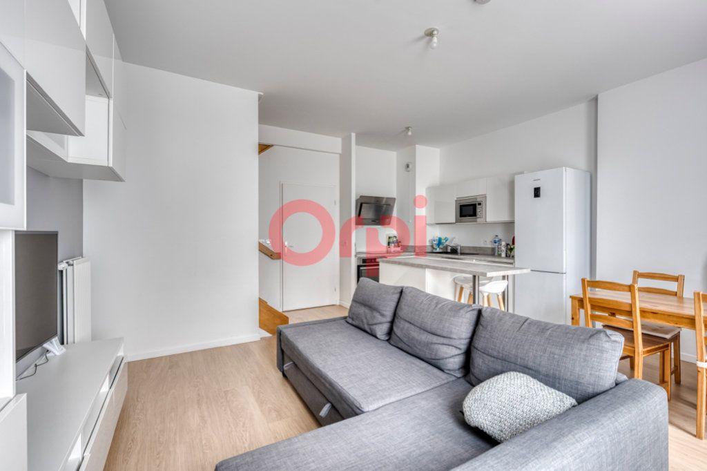 Appartement à vendre 4 76.96m2 à Chessy vignette-4