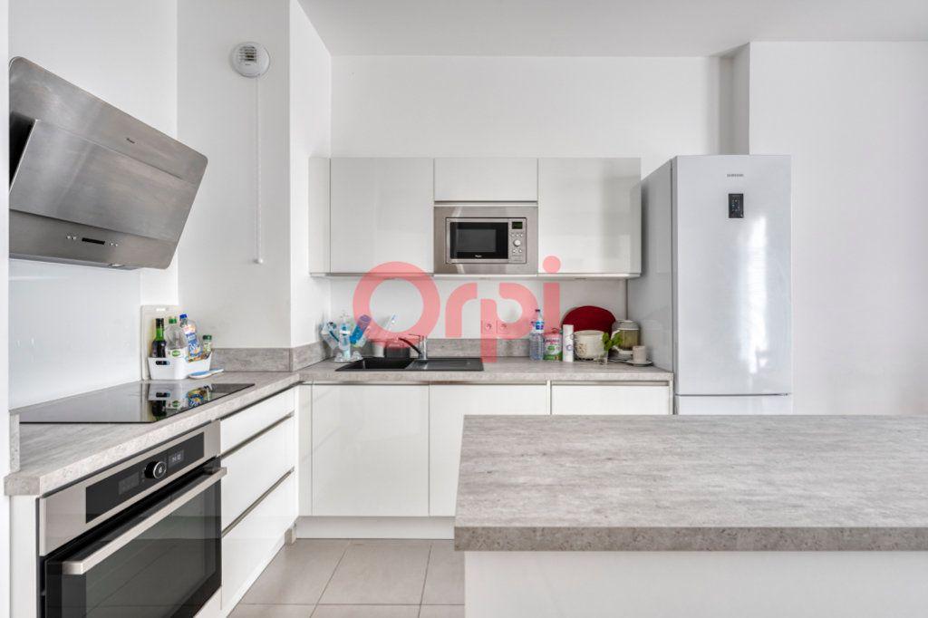 Appartement à vendre 4 76.96m2 à Chessy vignette-5