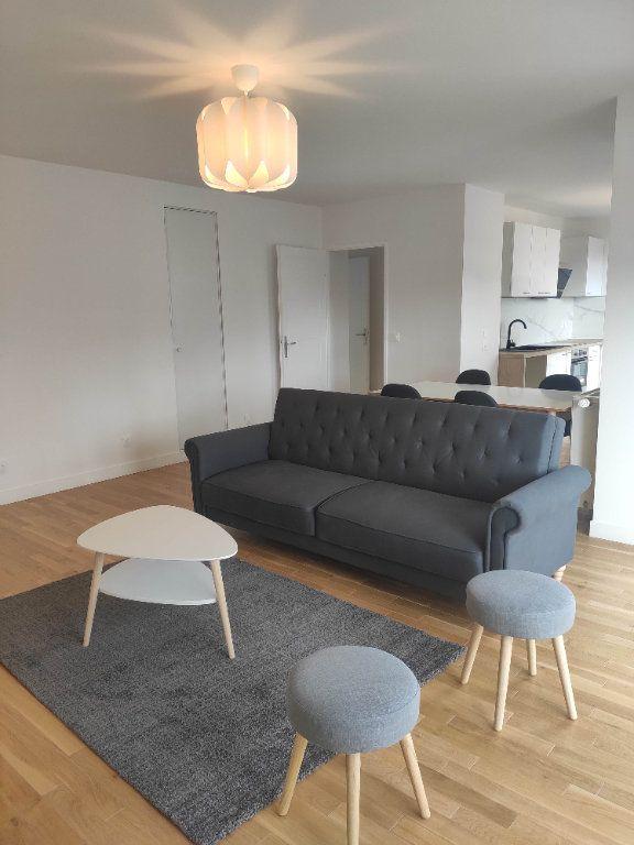 Appartement à louer 3 67.2m2 à Chessy vignette-1