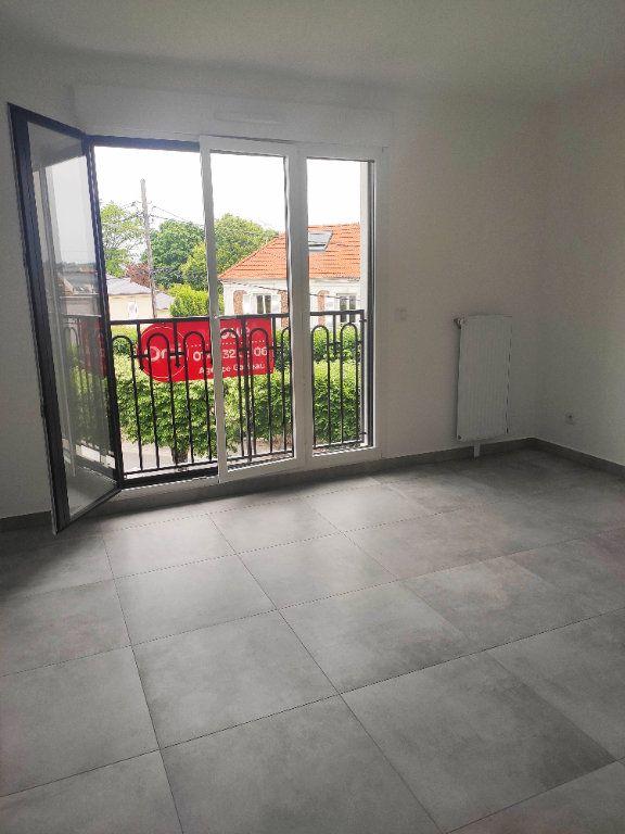 Appartement à louer 1 25.04m2 à Gournay-sur-Marne vignette-1