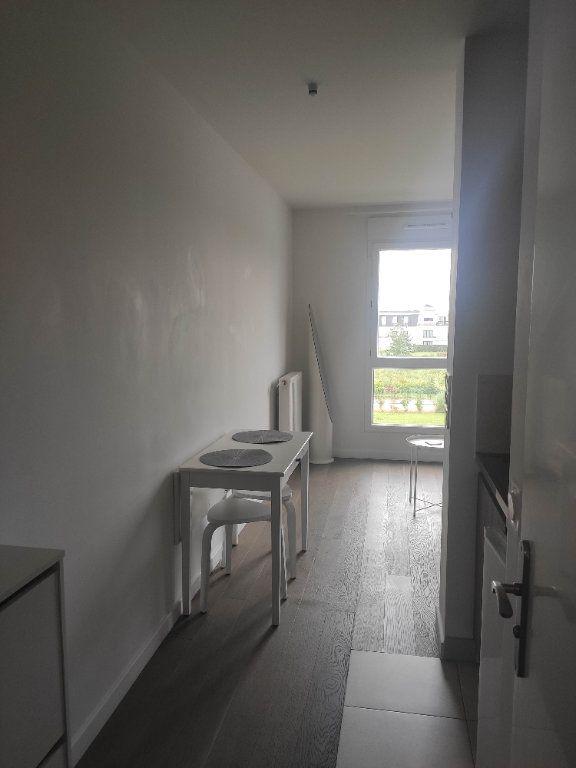 Appartement à louer 1 19.04m2 à Ferrières-en-Brie vignette-3