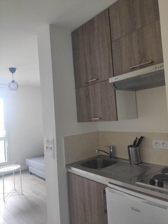 Appartement à louer 1 19.04m2 à Ferrières-en-Brie vignette-4