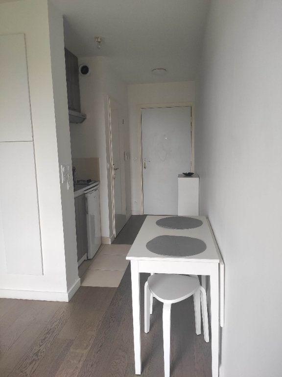 Appartement à louer 1 19.04m2 à Ferrières-en-Brie vignette-6