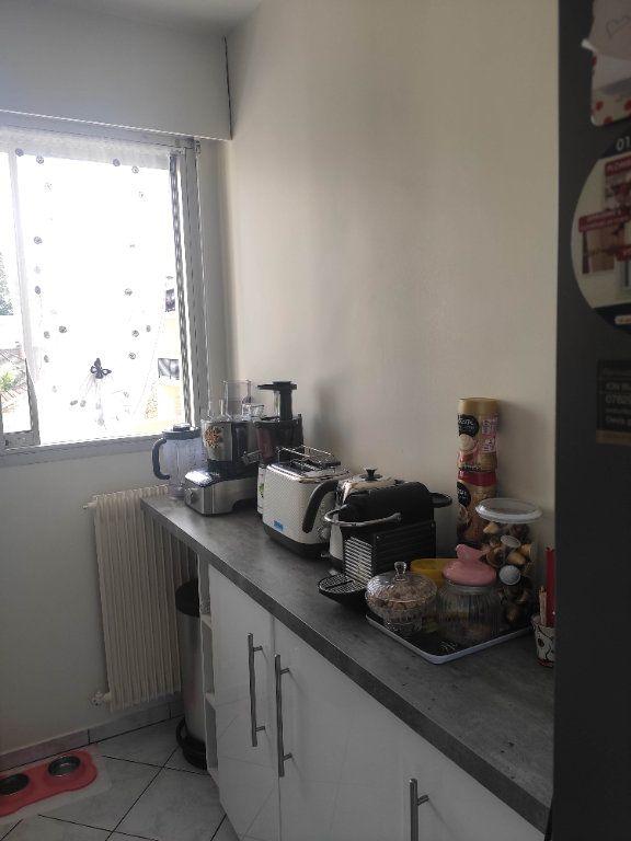 Appartement à louer 2 44.88m2 à Chelles vignette-8