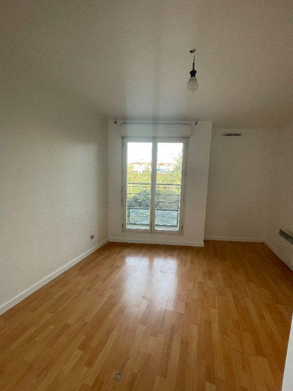 Appartement à louer 3 62.69m2 à Villiers-sur-Marne vignette-6