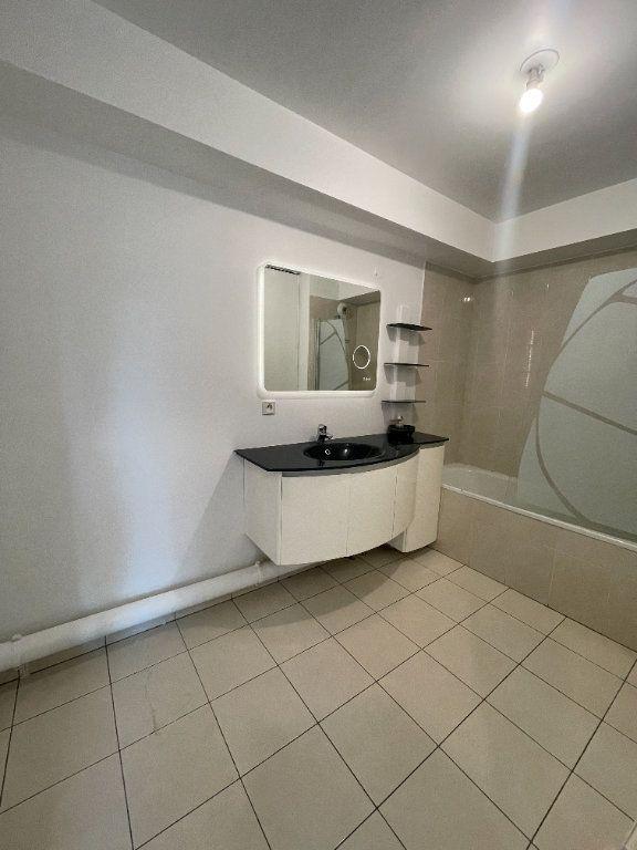 Appartement à louer 3 62.69m2 à Villiers-sur-Marne vignette-7