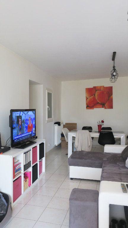 Appartement à louer 3 75m2 à Solaize vignette-4