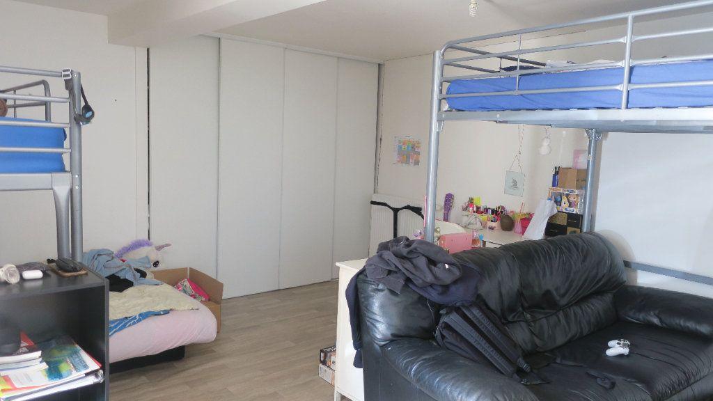 Appartement à louer 3 75m2 à Solaize vignette-7