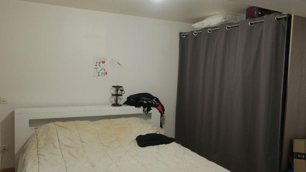 Appartement à louer 3 75m2 à Solaize vignette-8