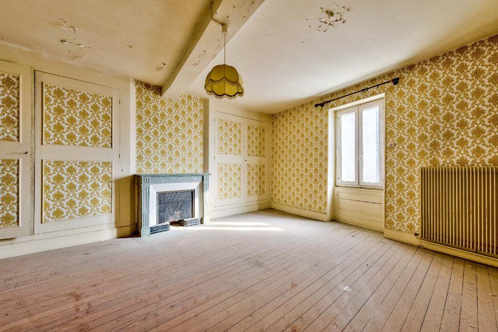 Maison à vendre 15 800m2 à Beaurepaire vignette-4
