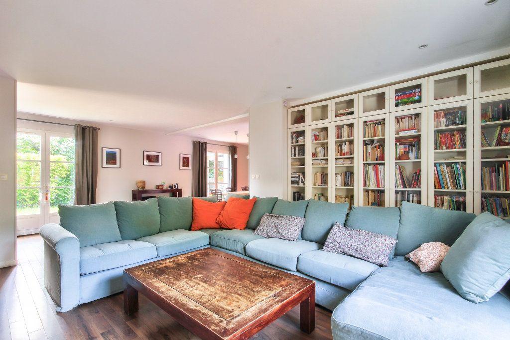 Maison à vendre 6 143.73m2 à Ternay vignette-5