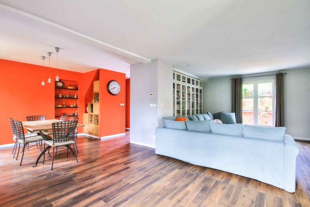 Maison à vendre 6 143.73m2 à Ternay vignette-6