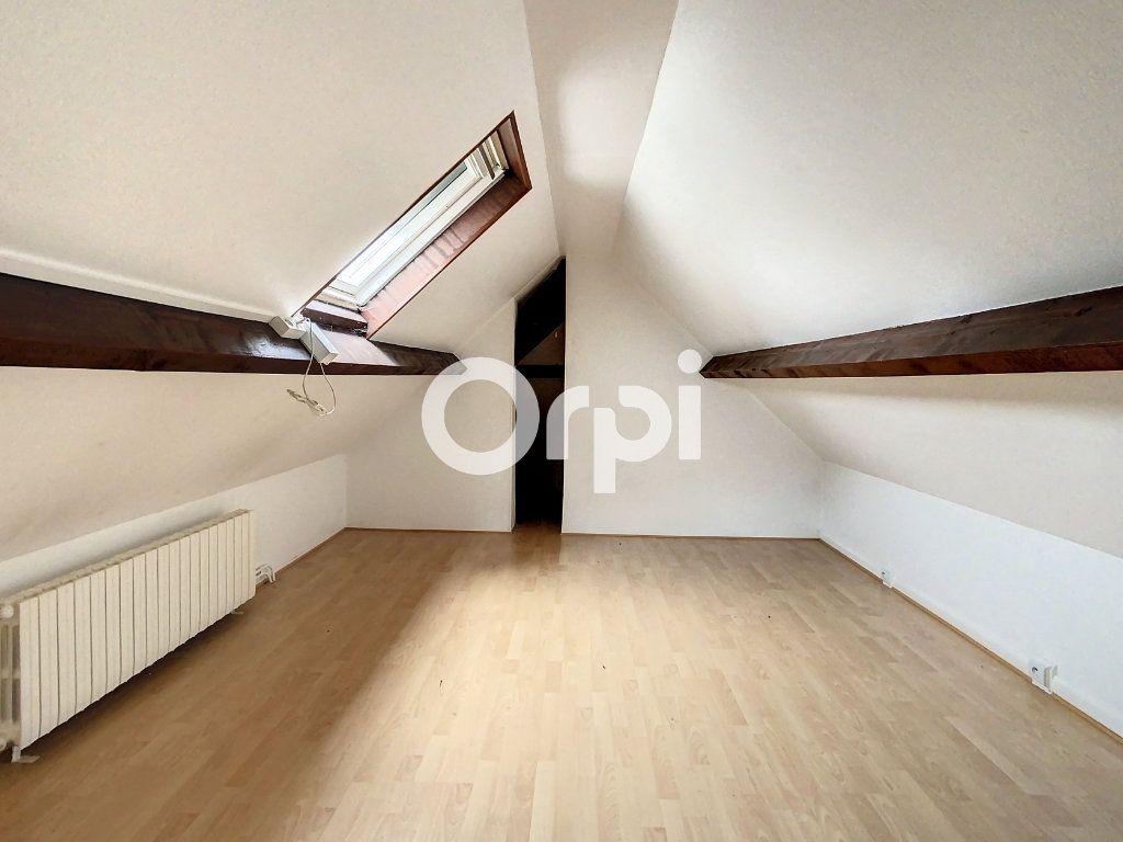 Maison à vendre 12 212m2 à Crépy-en-Valois vignette-6