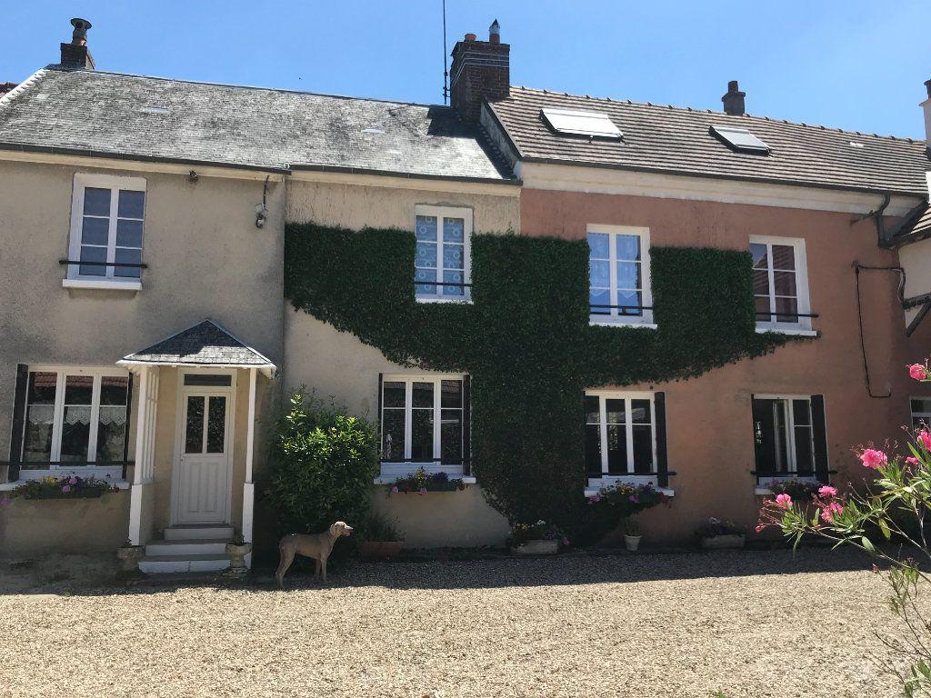 Maison à vendre 11 296.5m2 à Marcilly vignette-1