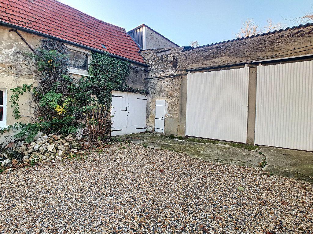 Maison à vendre 11 296.5m2 à Marcilly vignette-4