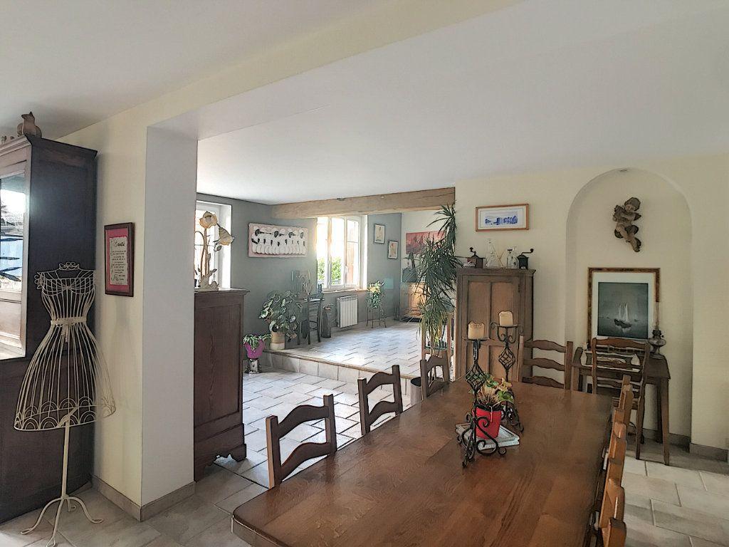 Maison à vendre 11 296.5m2 à Marcilly vignette-6