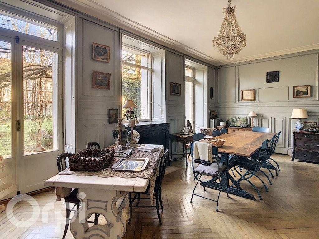 Maison à vendre 10 300m2 à Crépy-en-Valois vignette-2