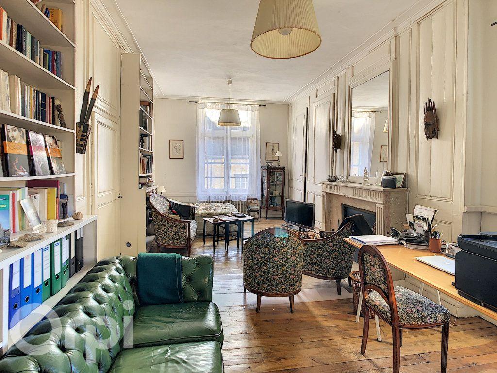 Maison à vendre 10 300m2 à Crépy-en-Valois vignette-4