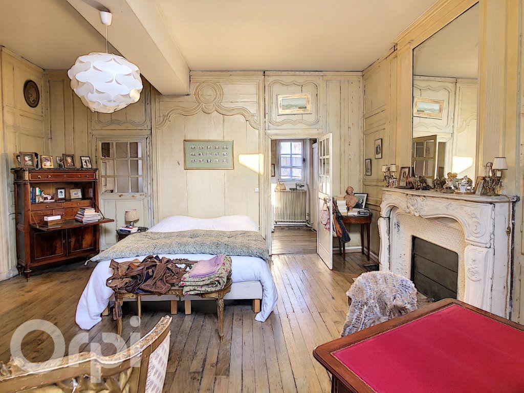 Maison à vendre 10 300m2 à Crépy-en-Valois vignette-5