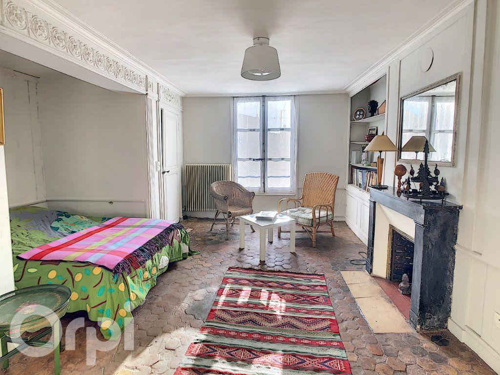 Maison à vendre 10 300m2 à Crépy-en-Valois vignette-8