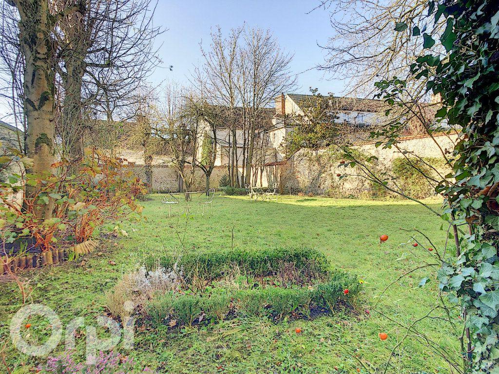 Maison à vendre 10 300m2 à Crépy-en-Valois vignette-14