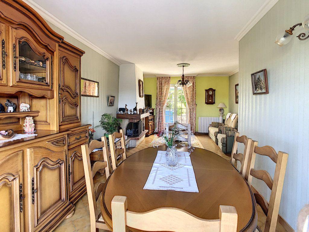 Maison à vendre 6 125m2 à Gilocourt vignette-2