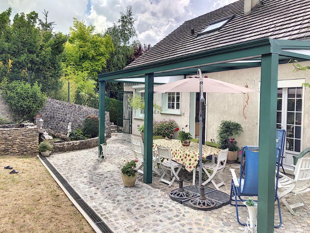 Maison à vendre 6 125m2 à Gilocourt vignette-6