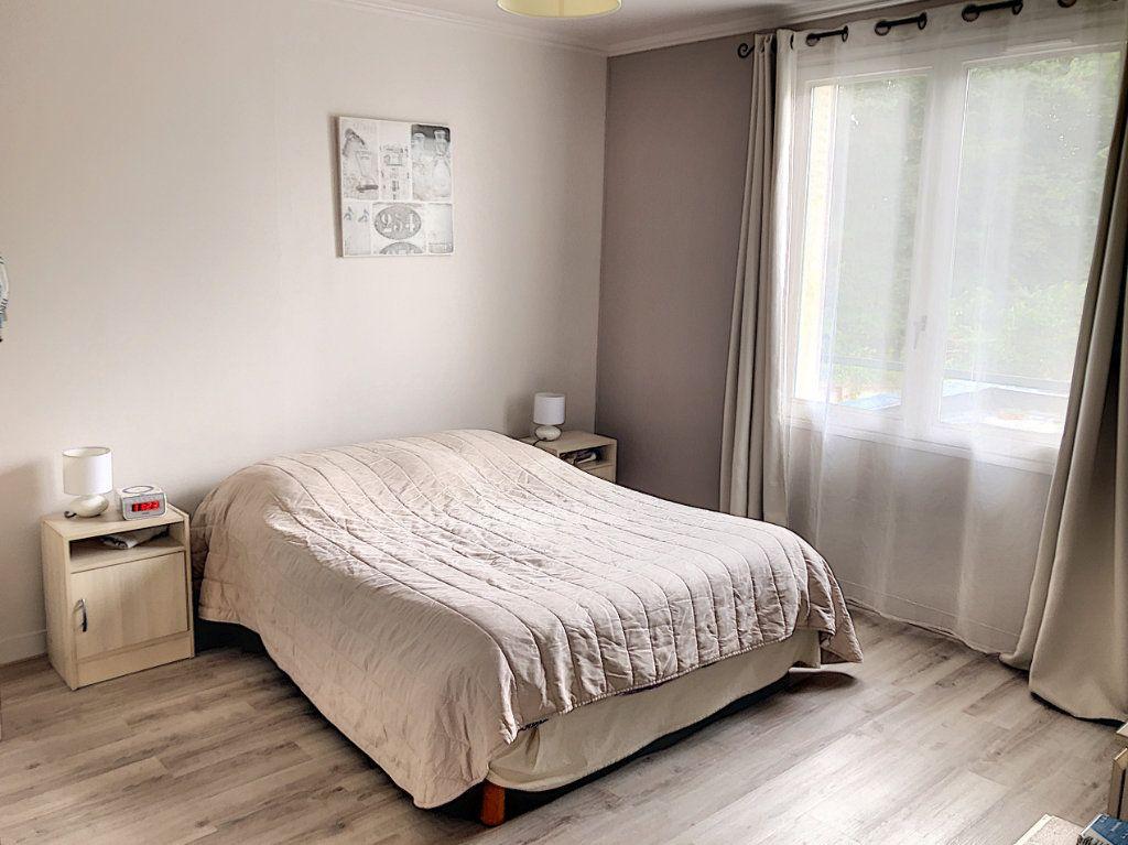 Maison à vendre 7 227m2 à Crépy-en-Valois vignette-5