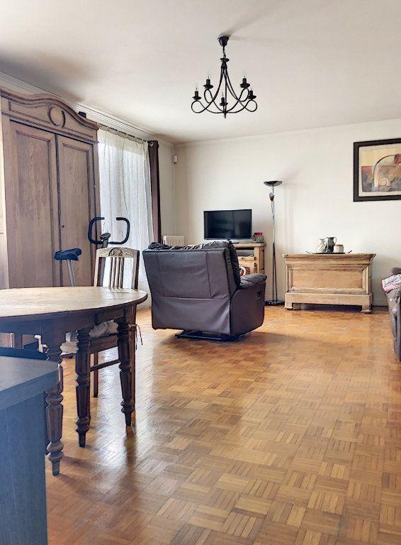 Maison à vendre 7 227m2 à Crépy-en-Valois vignette-7