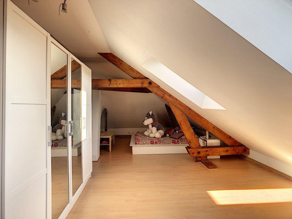 Maison à vendre 7 227m2 à Crépy-en-Valois vignette-10