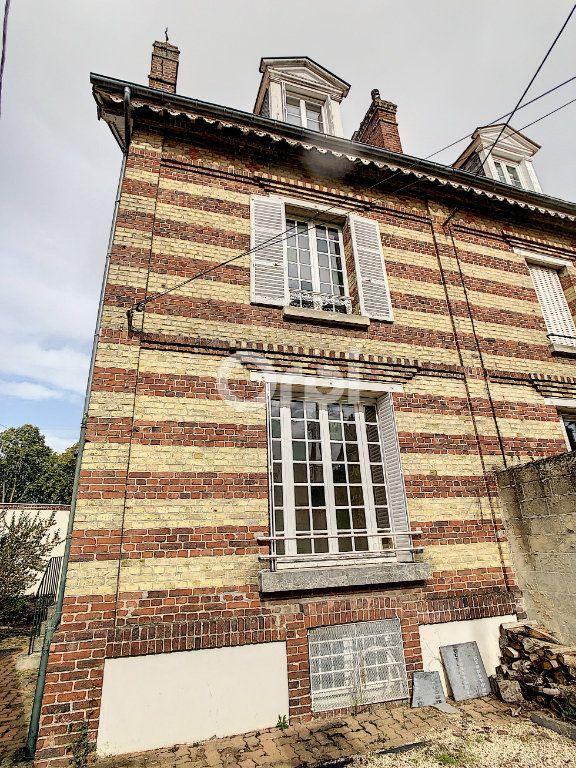 Maison à vendre 6 100m2 à Crépy-en-Valois vignette-4
