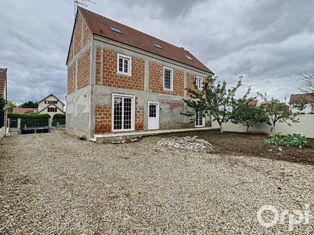 Maison à vendre 6 180m2 à Russy-Bémont vignette-2