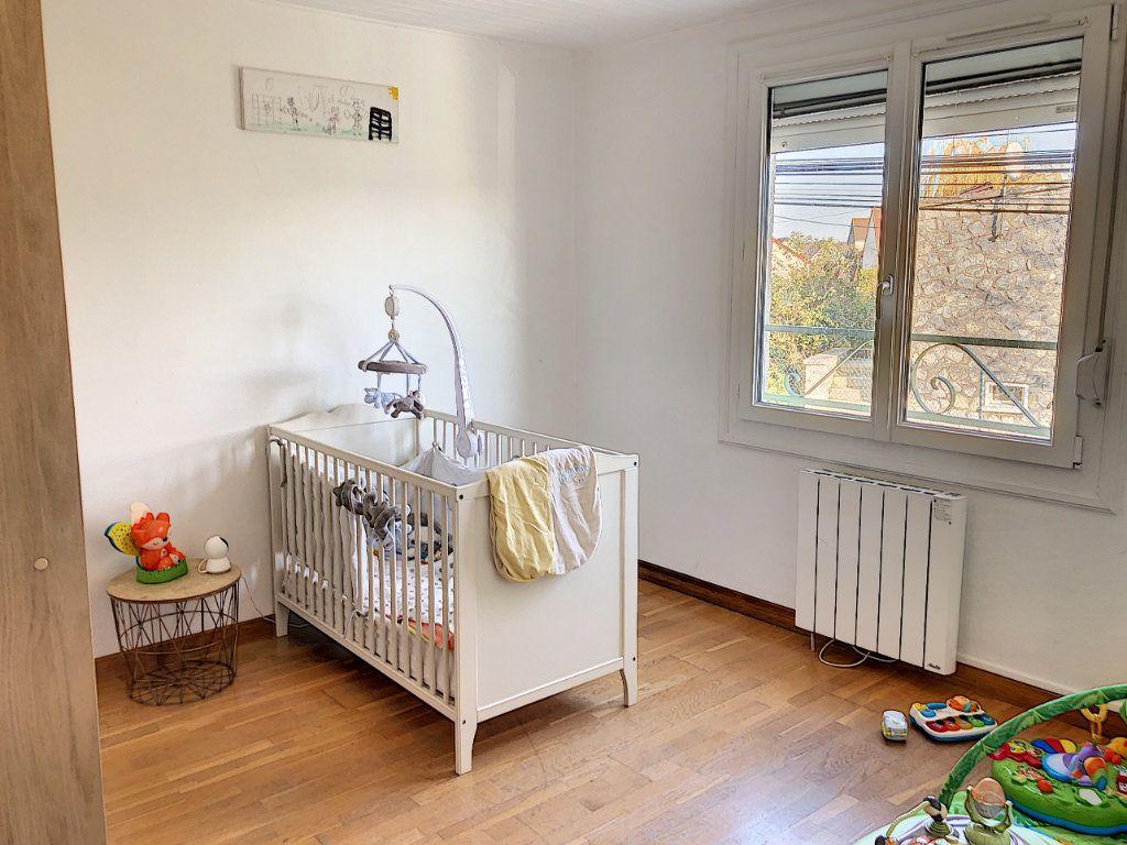 Maison à vendre 4 90m2 à Péroy-les-Gombries vignette-5