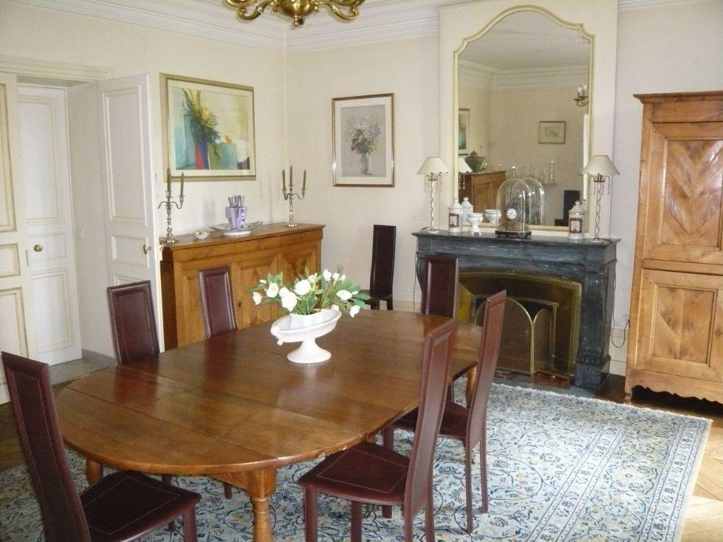 Maison à vendre 12 390m2 à Crépy-en-Valois vignette-3