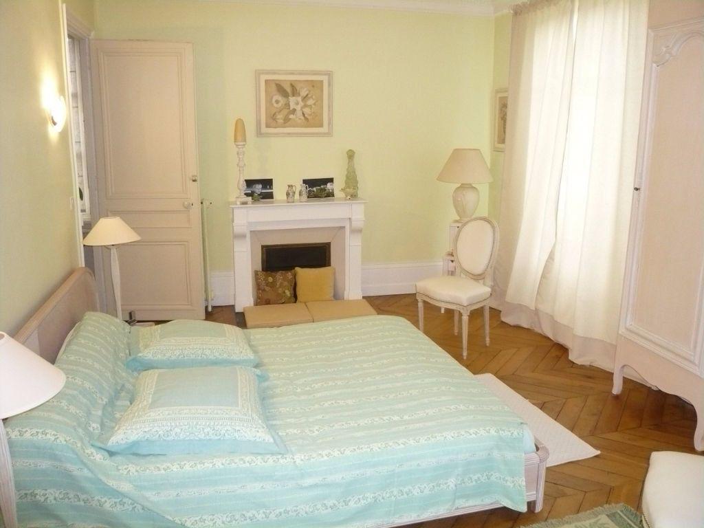 Maison à vendre 12 390m2 à Crépy-en-Valois vignette-6