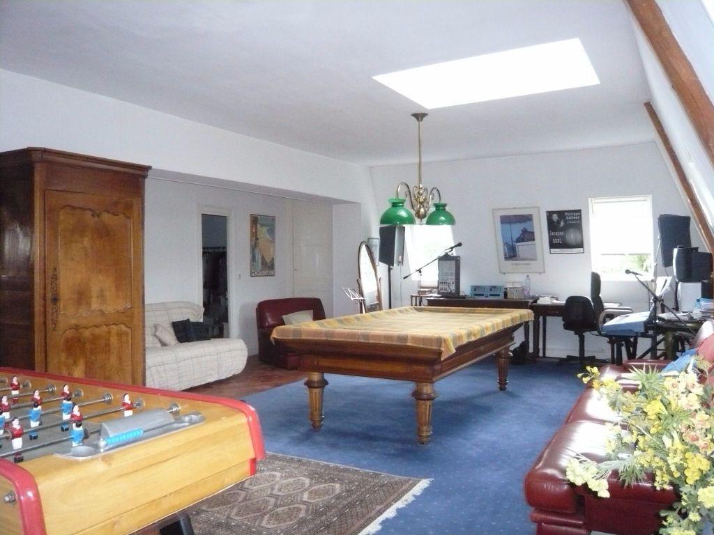 Maison à vendre 12 390m2 à Crépy-en-Valois vignette-8