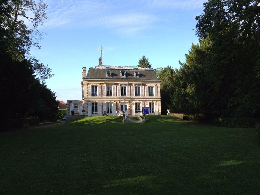 Maison à vendre 12 390m2 à Crépy-en-Valois vignette-9
